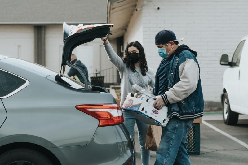 Máte špinavý koberec vkufri auta?
